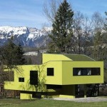 concrete-structure-sculptural-sloping-house-design2-500x407