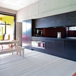 modern-playful-kitchen-dining-green-house-design3-500x275