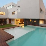 house-with-fantastic-pool-1-554x824
